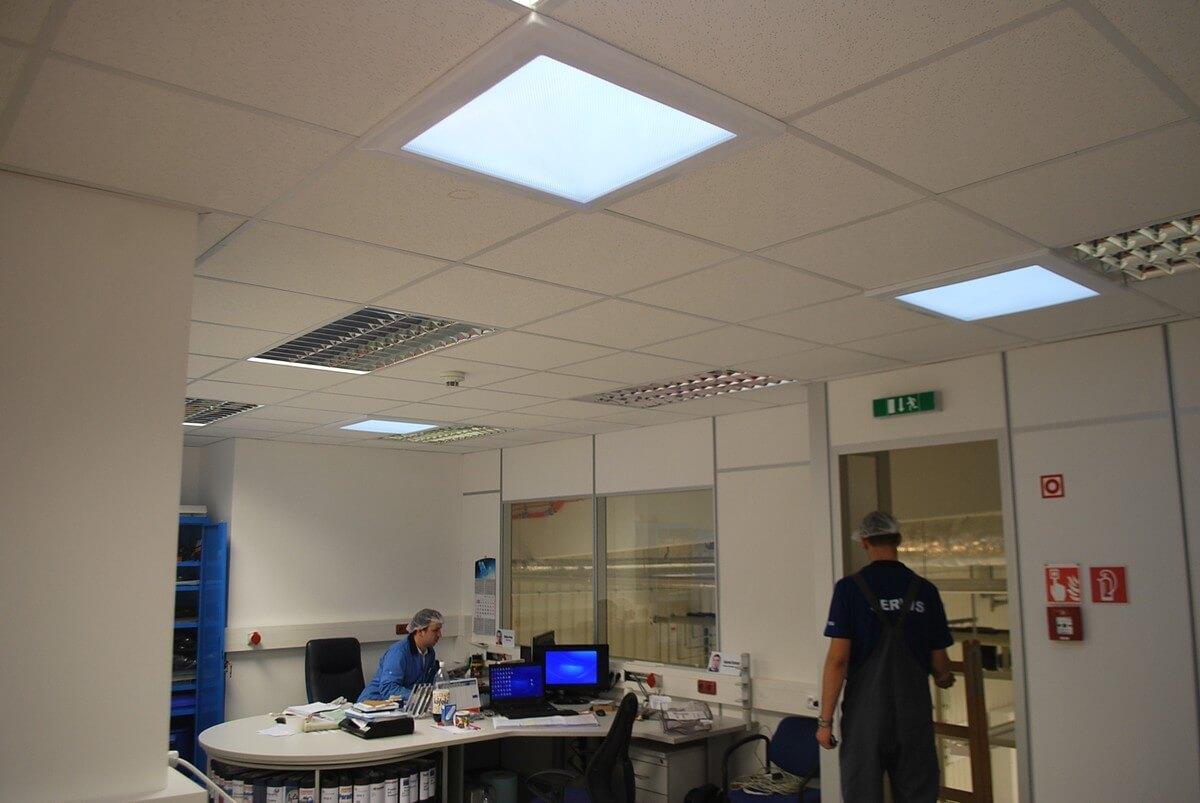 Presvetlenie výrobných priestorov svetlovodmi Sunway